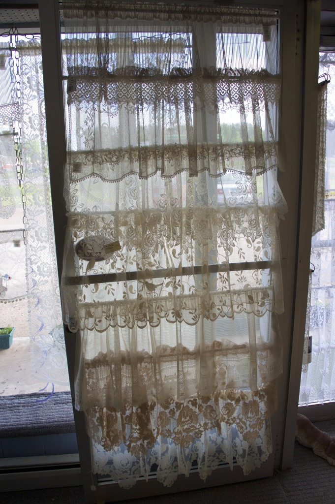 A sampling of Heritage Lace Valances and Curtains Patterns